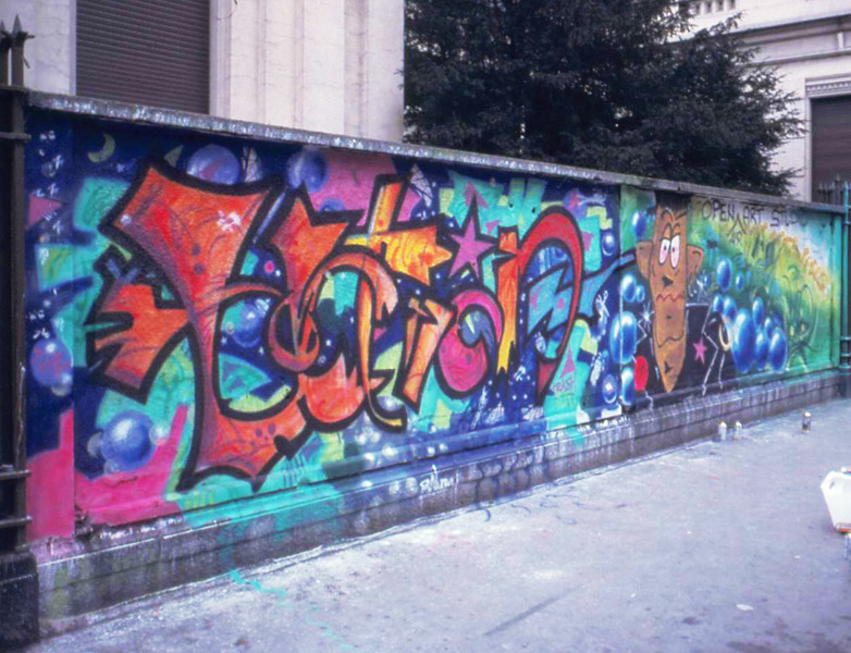 1989 Murales_destro